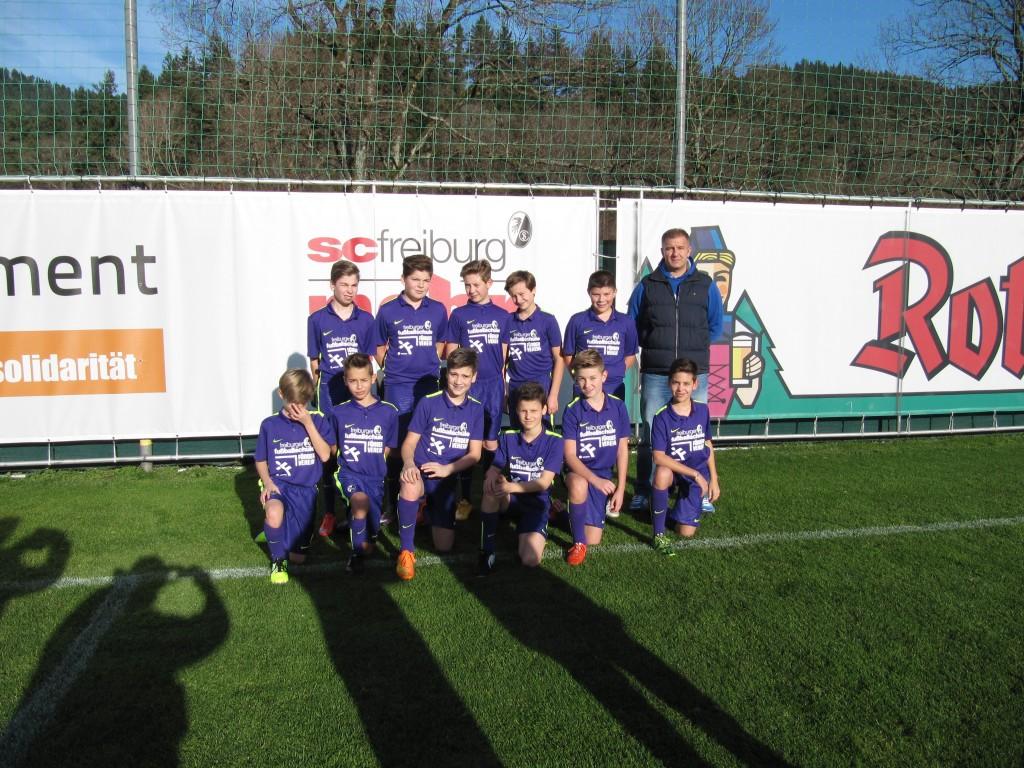 Einlaufkinder SC Freiburg D-Junioren 013