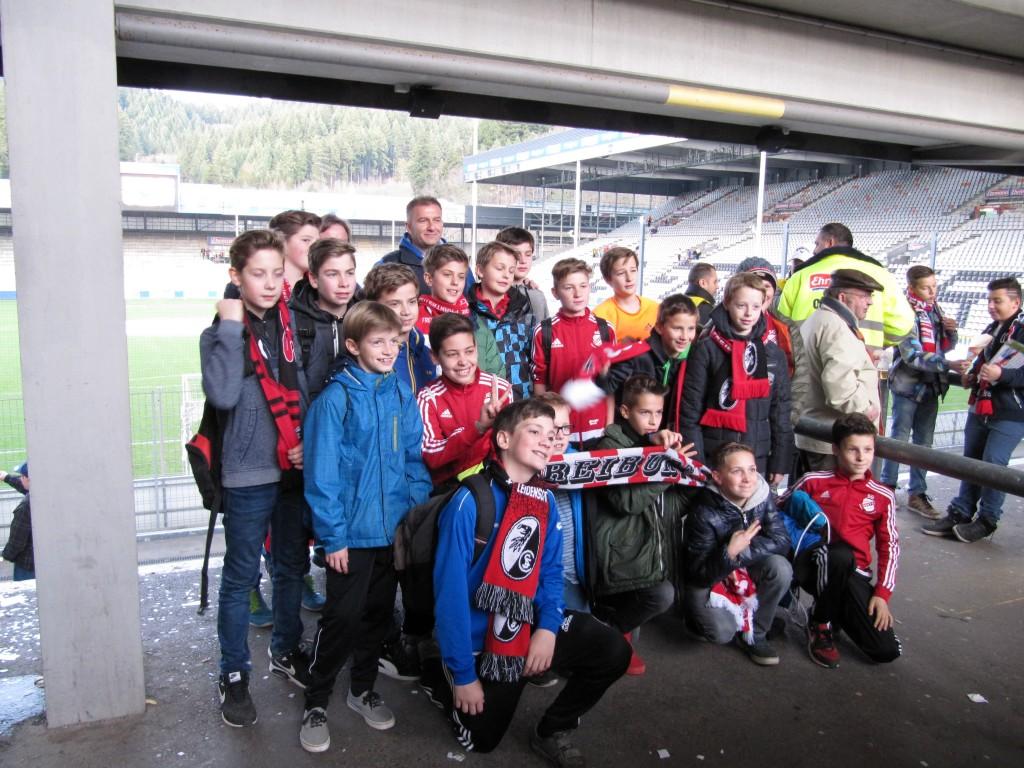 Einlaufkinder SC Freiburg D-Junioren 043